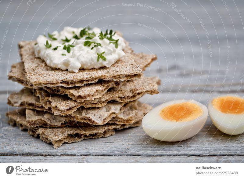 Crispbread with cream cheese and guinea fowl eggs Food Cheese Dairy Products Dough Baked goods Bread Herbs and spices Egg Cream cheese Nutrition Organic produce