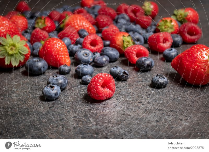 berry Food Fruit Nutrition Organic produce Vegetarian diet Kitchen Stone Select To enjoy Lie Healthy Raspberry Blueberry Strawberry Berries Fresh Colour photo