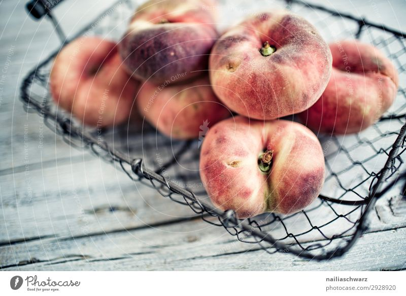 peaches Food Fruit Peach Nutrition Organic produce Vegetarian diet Bowl Basket Wire basket Lifestyle Healthy Eating Summer Snowboard Fragrance Delicious Natural