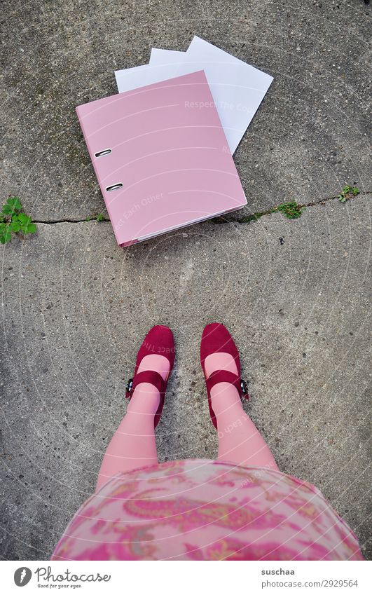 Woman Leaf Girl Legs Pink Work and employment Office Arrangement Stand Paper Symbols and metaphors Profession Boots File Unemployment Administration