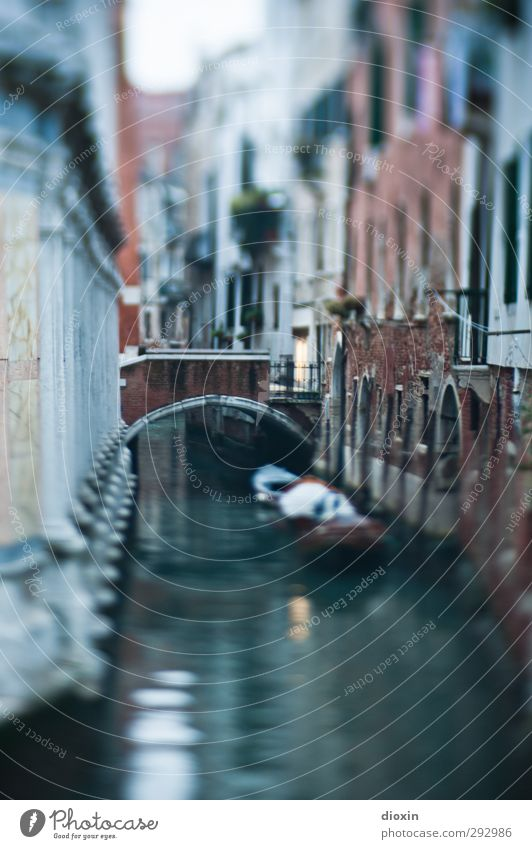 small waterway Vacation & Travel Tourism Sightseeing City trip Water Venice Italy Town Port City Downtown Old town Deserted House (Residential Structure) Bridge
