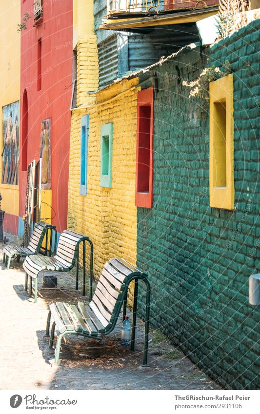 La Boca Small Town Blue Multicoloured Yellow Green Red Bench Buenos Aires Argentina Window Housefront Colour photo Exterior shot Deserted Day