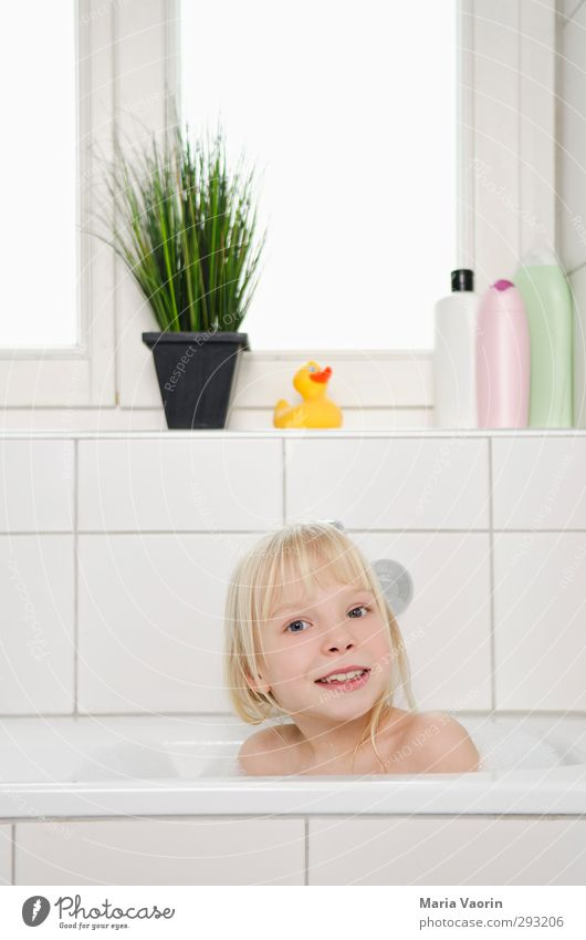 bathing day Personal hygiene Well-being Relaxation Swimming & Bathing Living or residing Flat (apartment) Bathtub Bathroom Feminine Child Girl Infancy 1