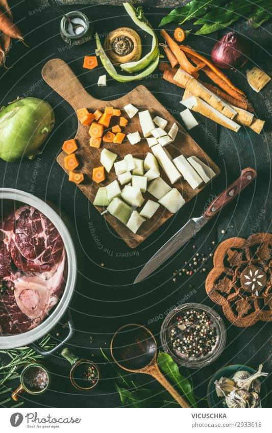 Ingredients for meat dishes Food Meat Vegetable Soup Stew Nutrition Organic produce Crockery Pot Style Design Healthy Eating Living or residing Restaurant
