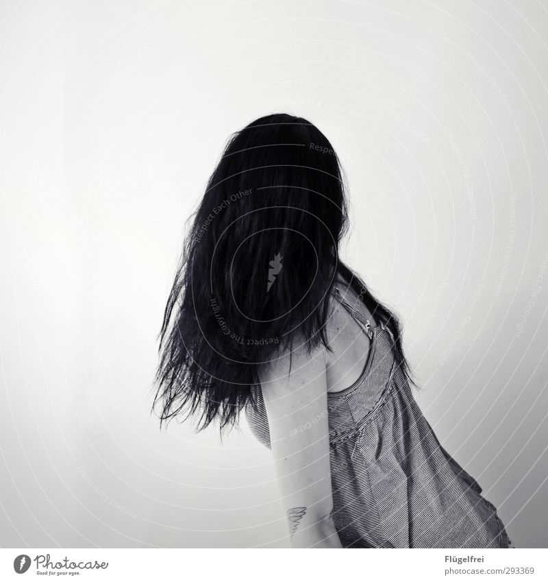 Impenetrable Feminine Young woman Youth (Young adults) 1 Human being 18 - 30 years Adults Wait Hair and hairstyles Illusion Distorted Creepy Crooked Horror film