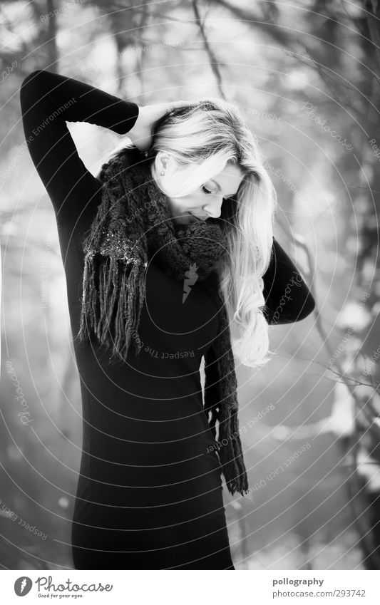Stand alone Human being Feminine Woman Adults Life Body 1 18 - 30 years Youth (Young adults) Dress Scarf Hair and hairstyles Blonde Long-haired Emotions Moody