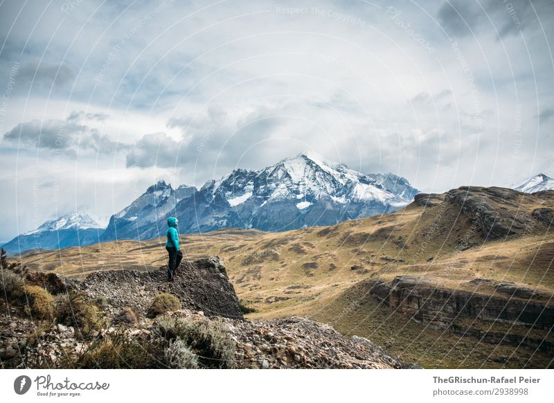 Human being Nature Blue White Landscape Clouds Mountain Black Stone Gray Vantage point Wind Climate Discover Turquoise Rough