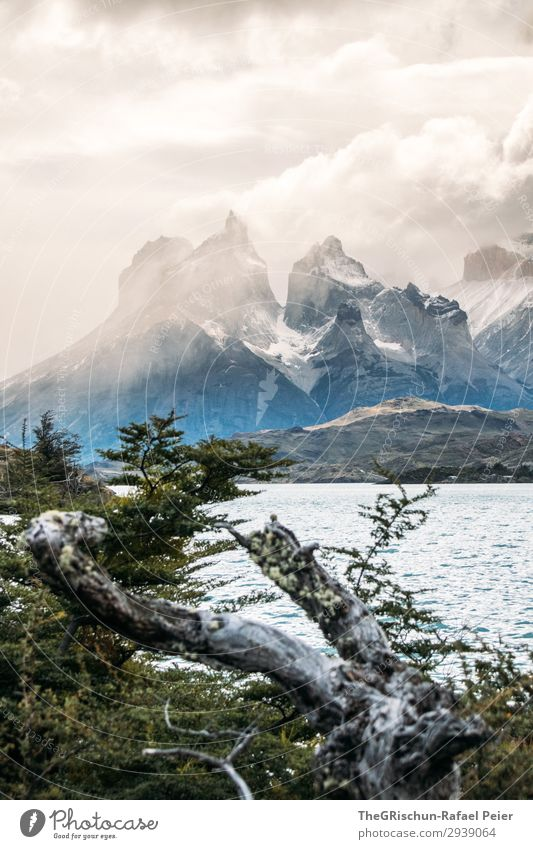 Cerro Paine Grande Environment Nature Landscape Blue Brown Black Silver White Chile Patagonia Mountain Torres del Paine NP Impressive Dramatic Discover Lake