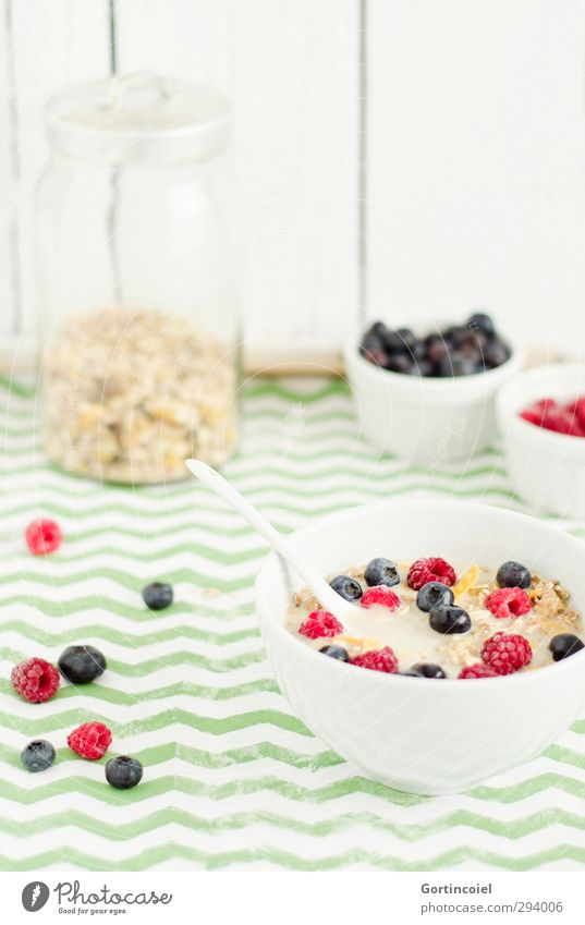 Healthy Food Fruit Fresh Nutrition Food photograph Grain Delicious Breakfast Organic produce Berries Bowl Spoon Vegetarian diet Fruity Raspberry