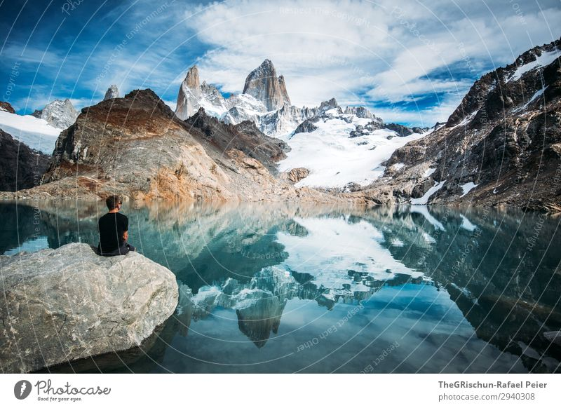 Fitz Roy - Laguna de los tres Nature Blue Gray Black Turquoise White Fitz Roy mountain Mountain Mountain lake Argentina Stone Man Sit Marvel To enjoy Reflection