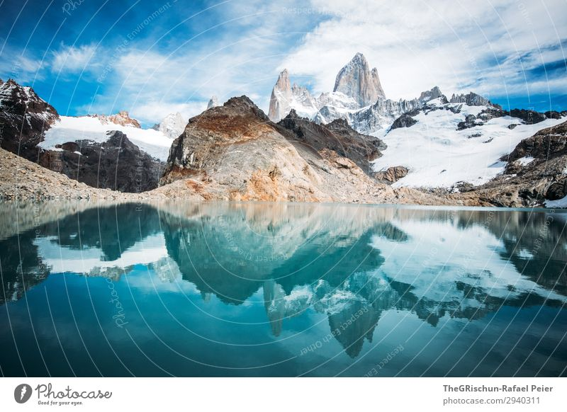 Laguna de los tres - Fitz Roy Environment Nature Blue Turquoise White Fitz Roy mountain Mountain Glacier Reflection Lake Mountain lake Coast Cold Argentina