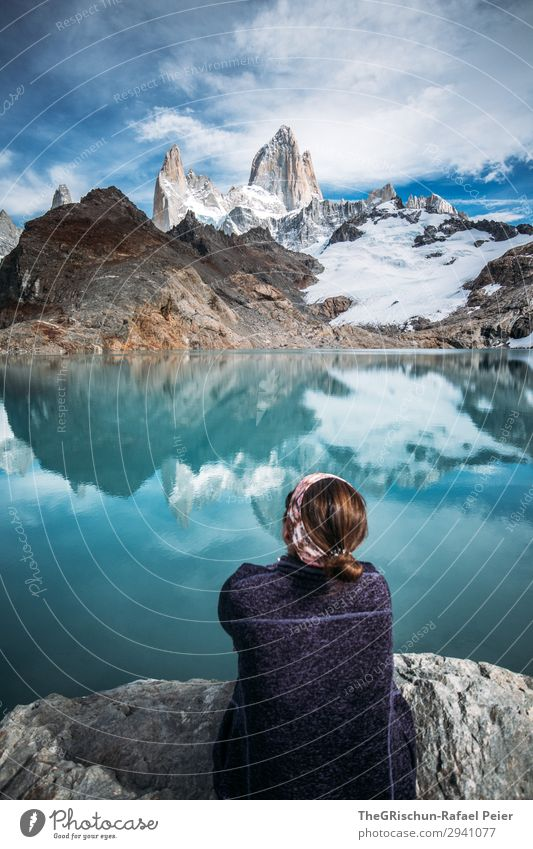 Fitz Roy - Laguna de los tres Environment Nature Landscape Blue Turquoise White Mountain Reflection Lake Lagoon Woman Hiking Looking Marvel Stone