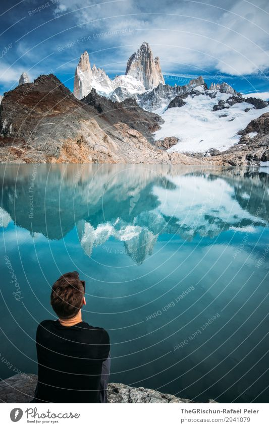 Laguna de los tres - Fitz Roy Environment Nature Blue Turquoise White Mountain lake Fitz Roy mountain Argentina Man Sit Marvel Looking To enjoy Reflection