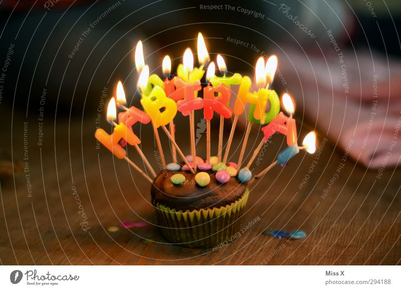 Mottoparty Spacejunkie? Food Cake Candy Chocolate Nutrition To have a coffee Illuminate Delicious Sweet Multicoloured Muffin Birthday Happy Birthday Candle