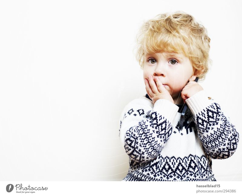 Human being Child Joy Calm Playing Boy (child) Happy Think Healthy Dream Masculine Leisure and hobbies Meditative Infancy Baby Mouth