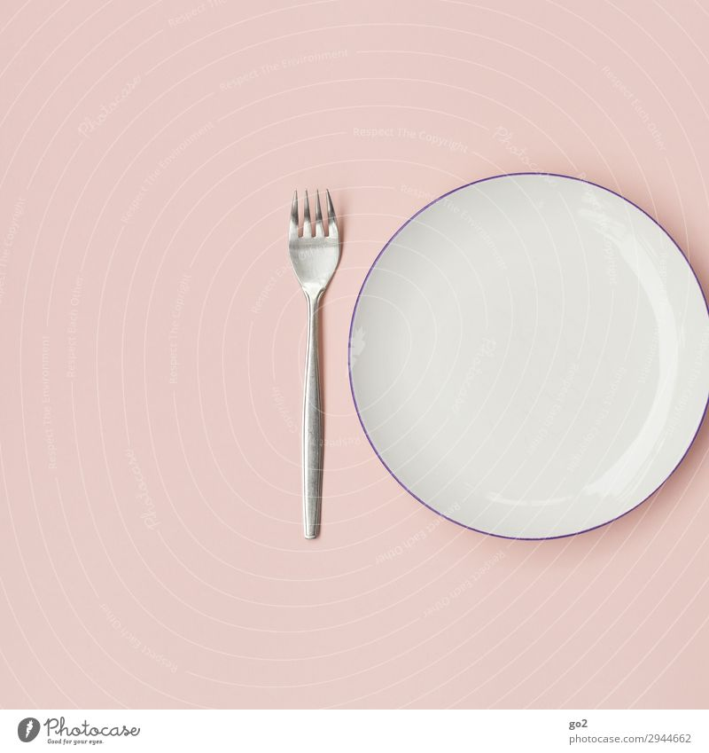 Empty plate with fork Nutrition Lunch Dinner Crockery Plate Cutlery Fork Esthetic Clean Pink Orderliness Modest Thrifty Poverty Colour photo Interior shot