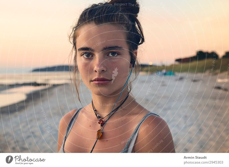 Woman Human being Vacation & Travel Youth (Young adults) Young woman Beautiful Ocean Relaxation Calm Joy Far-off places Beach Face Lifestyle Adults