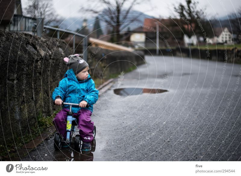 Human being Child Nature Water Tree Girl House (Residential Structure) Meadow Wall (building) Street Autumn Lanes & trails Wall (barrier) Infancy Bicycle