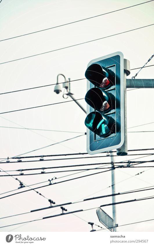 Green City Red Street Orange Transport Wait Driving Arrow Traffic infrastructure Downtown Motoring Traffic light Passenger traffic Crossroads