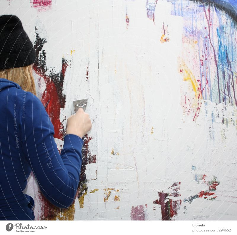 art Feminine 13 - 18 years Child Youth (Young adults) 18 - 30 years Adults Artist Uniqueness Abstract Blonde Cap Colour photo Interior shot