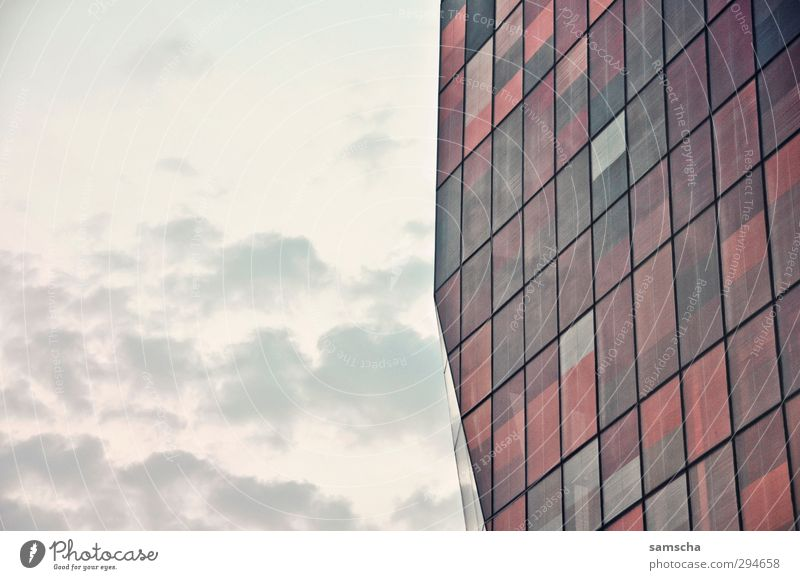 screened Sky Clouds Town Downtown Manmade structures Building Architecture Facade Window Glass Sharp-edged Large Part of a building Complex of buildings