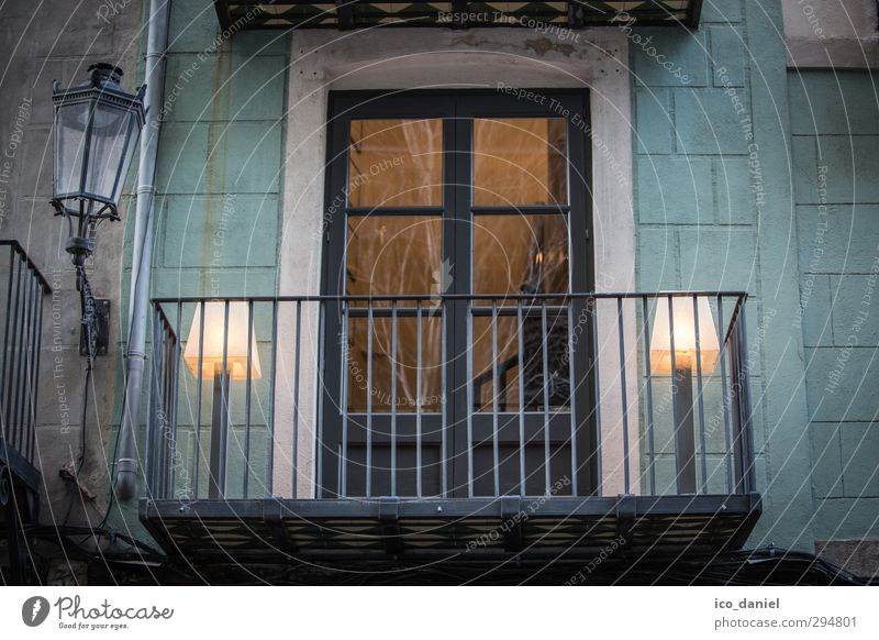 Window to the courtyard Lifestyle Style Vacation & Travel Tourism Sightseeing City trip Night life Barcelona Spain Europe Town Port City Downtown Old town