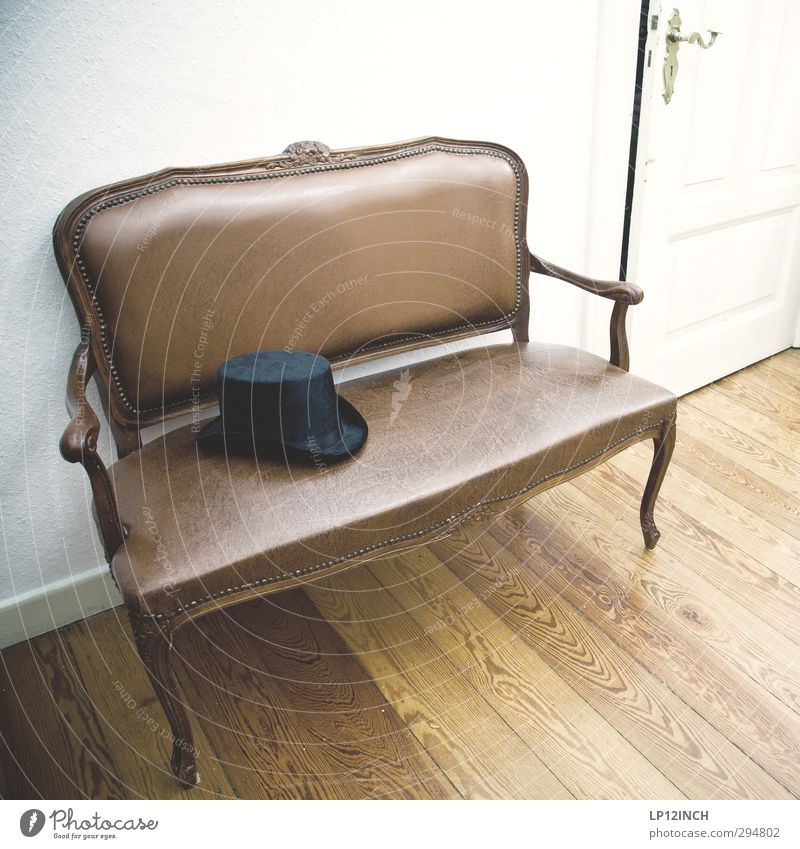 like a rabbit out of a top hat. Elegant Style Living or residing Flat (apartment) House (Residential Structure) Interior design Decoration Furniture Bench Hat
