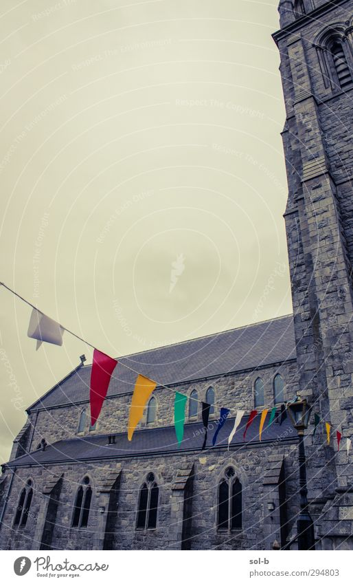 Triangles Feasts & Celebrations Architecture Clouds Bad weather Church Window Old Threat Historic Multicoloured Gray Religion and faith Decoration Flag Bunting