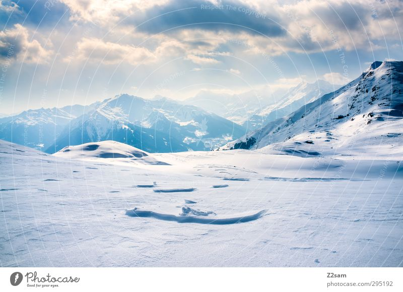 Sky Nature Vacation & Travel Landscape Clouds Calm Winter Relaxation Environment Far-off places Mountain Cold Snow Freedom Style Horizon