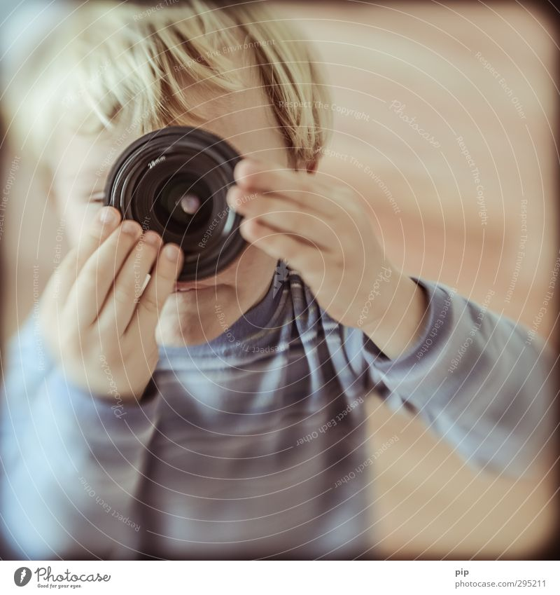 lens-baby composer Objective Lens Human being Child Boy (child) Infancy Head Hair and hairstyles Eyes Hand 1 Observe Discover Looking Playing Curiosity Cute