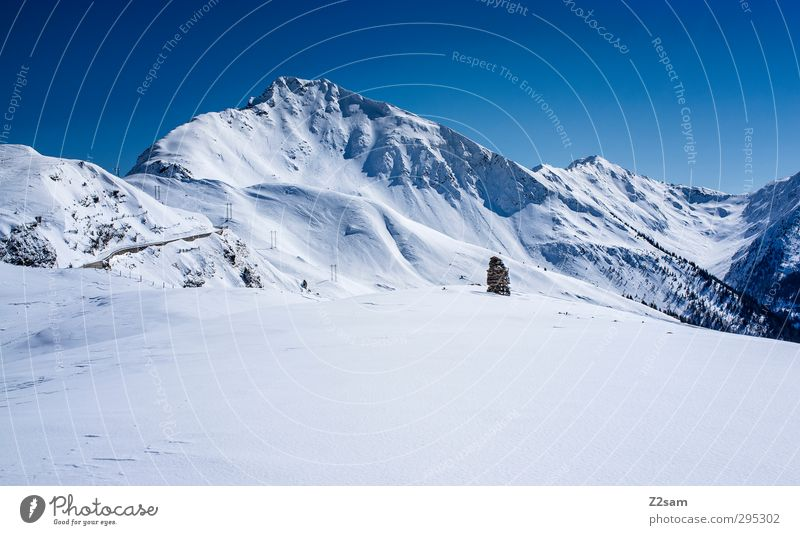 Direction Jaufenpass Environment Nature Landscape Sky Cloudless sky Winter Beautiful weather Snow Alps Mountain Peak Sharp-edged Far-off places Gigantic Cold