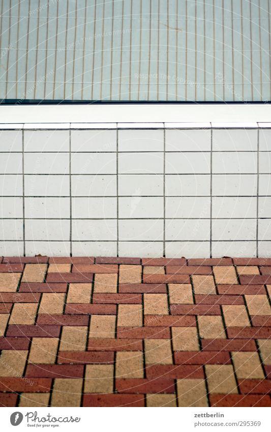 Window Wall (building) Design Floor covering Ground Tile Chess Mixture Chessboard Shop window Venetian blinds