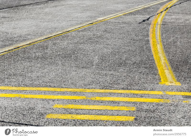 Street Art IX Lifestyle Style Design Town Traffic infrastructure Highway Runway Sign Ornament Signs and labeling Road sign Line Network Esthetic Yellow Gray