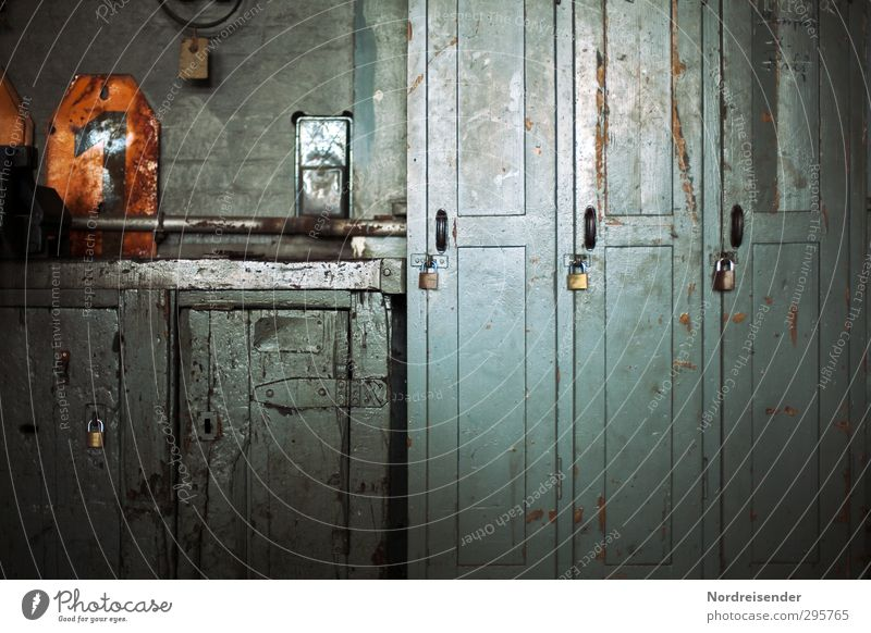 Blue Old 1 Time Work and employment Orange Arrangement Industry Digits and numbers Sign Profession Factory Fear of the future Workshop Craft (trade) Lock