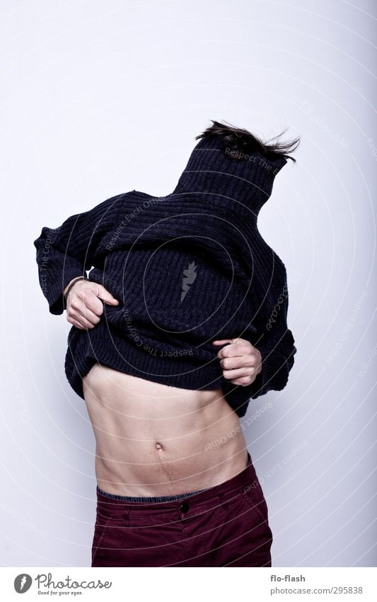 F**K OFF WINTER III Body Athletic Masculine Young man Youth (Young adults) Man Adults Stomach 1 Human being 18 - 30 years 30 - 45 years Belly dance Fashion