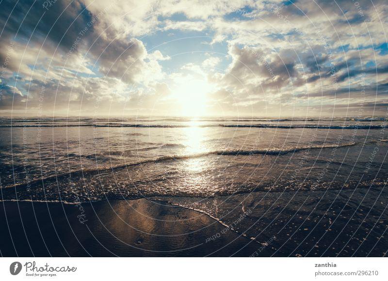 Nature Summer Sun Ocean Loneliness Landscape Clouds Calm Beach Relaxation Lanes & trails Coast Horizon Waves Contentment Idyll