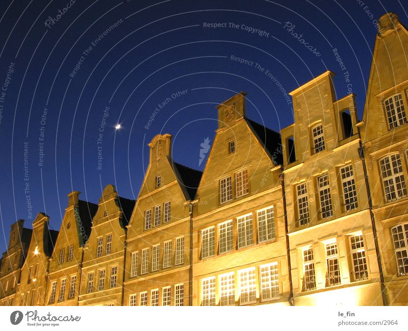 moon Night Yellow Club Moon Blue principal market Münster Architecture