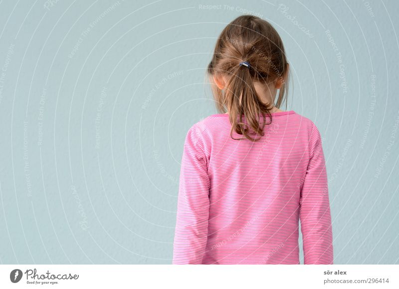 self-portrait Human being Feminine Child Girl Infancy Head Hair and hairstyles Back Back of the head 1 Clothing T-shirt Blue Pink Rear view Elastic hairband