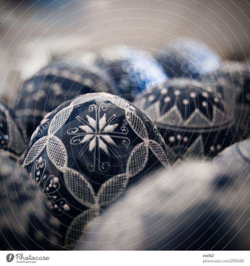 egg dance Elegant Style Design Art Work of art Easter egg Thin Near Blue Fine Ornament Ornamental Decoration Colour photo Subdued colour Interior shot Pattern