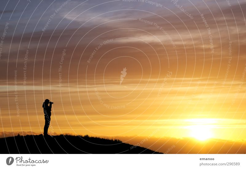 sun photographer Lifestyle Joy Leisure and hobbies Vacation & Travel Tourism Freedom Summer Sun Hiking Human being Man Adults 1 Nature Landscape Sky Clouds