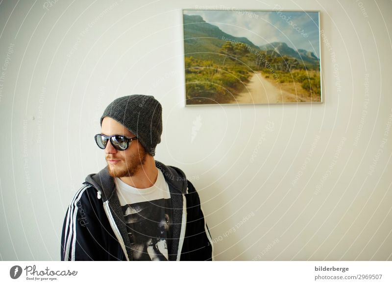 berlin-style 13 Lifestyle Living or residing Flat (apartment) University & College student Young man Youth (Young adults) Facial hair Human being Artist