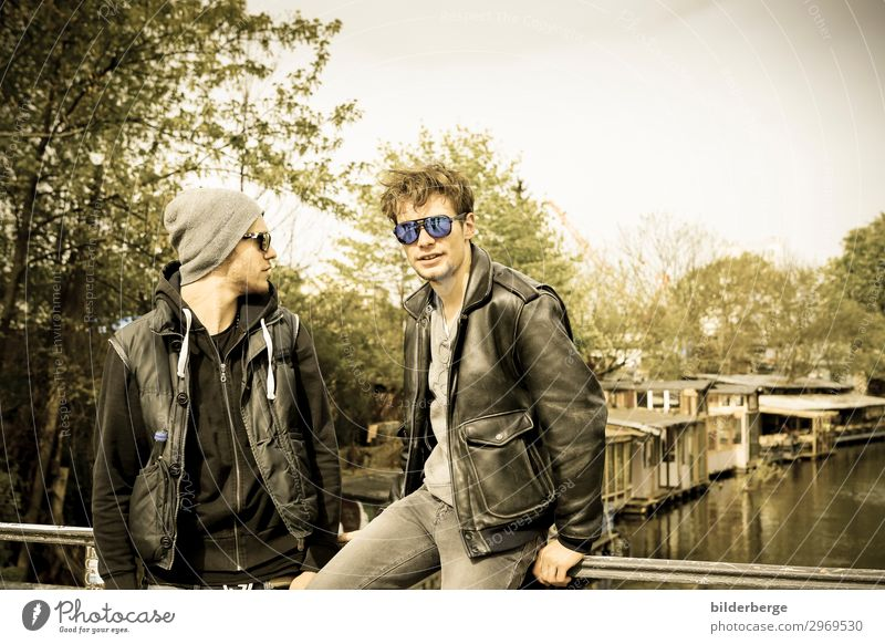 berlin-style 5 Lifestyle Study Masculine Brother 2 Human being Musician Capital city Fashion Jacket Sunglasses Cool (slang) Hip & trendy Uniqueness Power