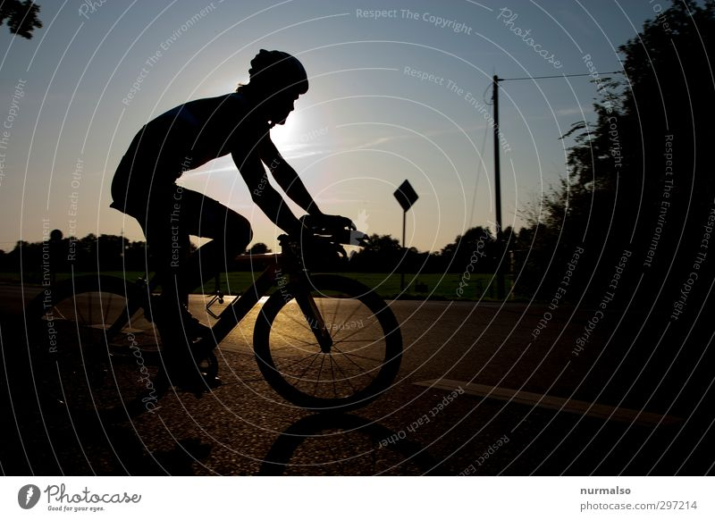 wheel turning point Leisure and hobbies Sports Fitness Sports Training Sportsperson Cycling Bicycle Sporting event Human being Body Head Legs Nature Transport