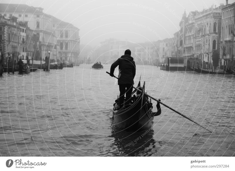 On the Great Canal Water Winter Bad weather Fog Rain Venice Canal Grande Port City Downtown Old town House (Residential Structure) Tourist Attraction Landmark