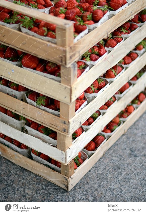 Healthy Orange Food Fruit Fresh Nutrition Sweet Many Harvest Delicious Organic produce Crate Juicy Stack Strawberry Vegetarian diet