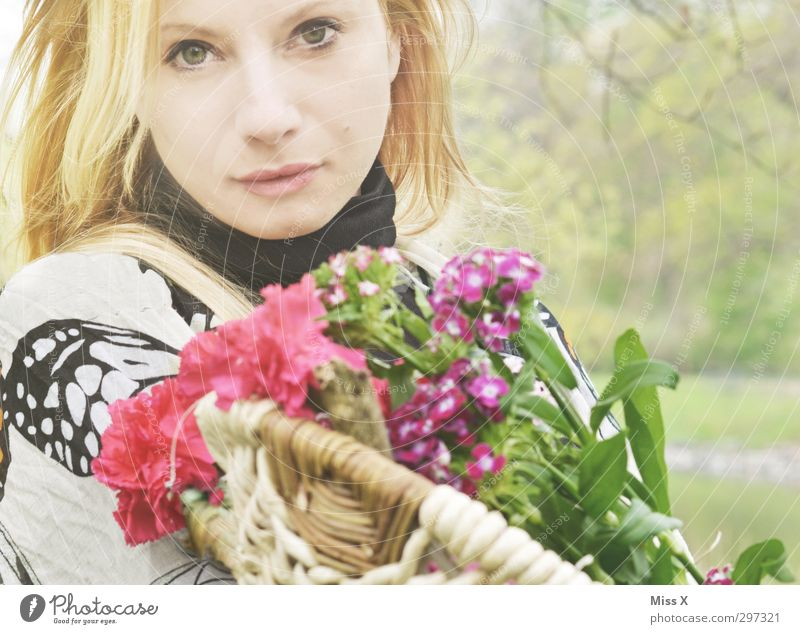 Human being Woman Youth (Young adults) Beautiful Flower Adults Feminine Emotions Spring 18 - 30 years Blossom Feasts & Celebrations Bright Moody Blonde Birthday