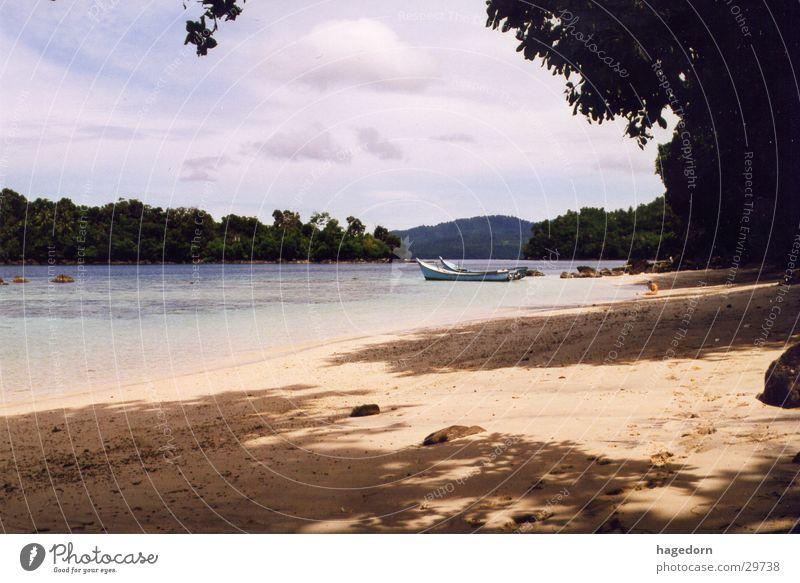 Crying Girl - Lagoon Beach Sumatra Indonesia