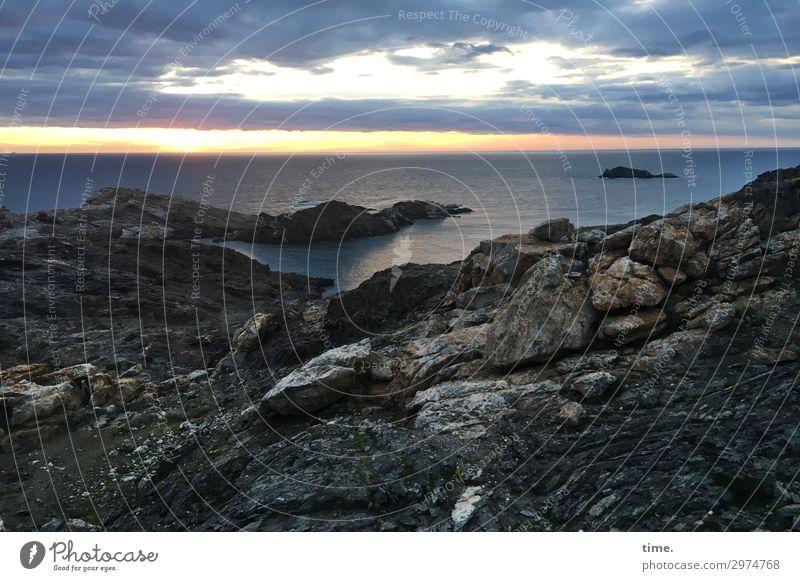 Sky Nature Beautiful Water Sun Clouds Dark Sadness Lanes & trails Emotions Coast Rock Moody Horizon Dream Authentic