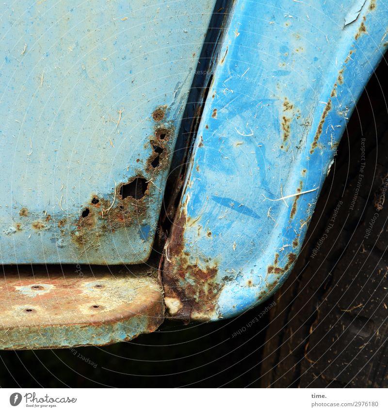 lost car (II) Motoring Truck Vintage car Footboard Rust Metal Line Old Historic Cold Broken Trashy Blue Fatigue Exhaustion Shame Nostalgia Decline Past