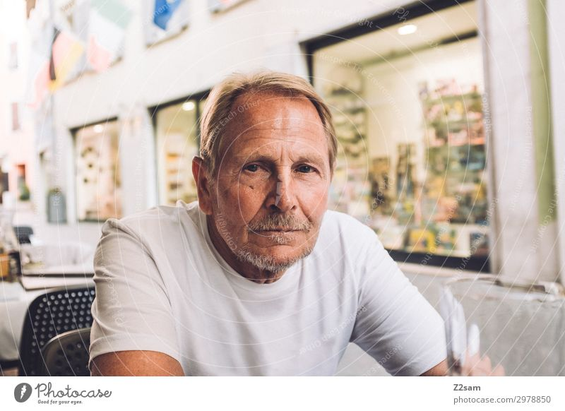Sporty pensioner in italian cafe Lifestyle Leisure and hobbies Vacation & Travel Male senior Man 60 years and older Senior citizen Village Town Blonde